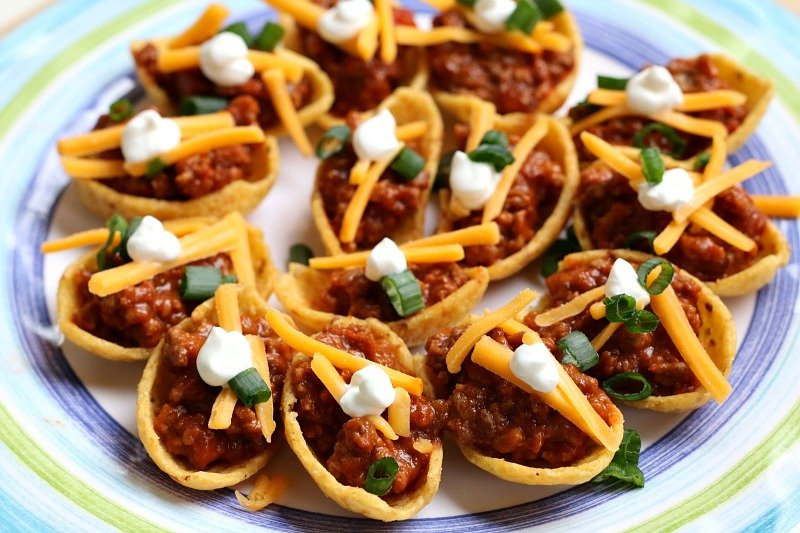 For an easy weeknight meal that the entire family will love, try this sloppy joe dip!