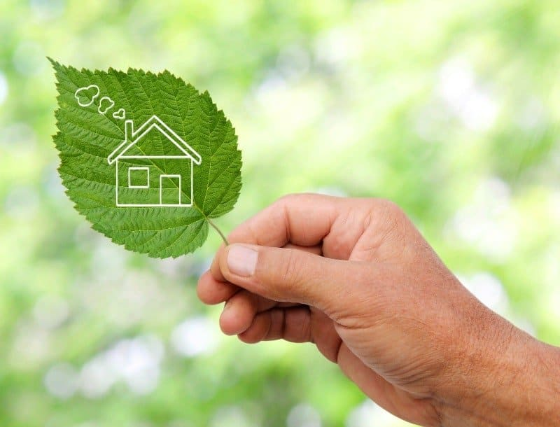 To keep things cool and on budget, check out these energy saving tips to save money and be green!