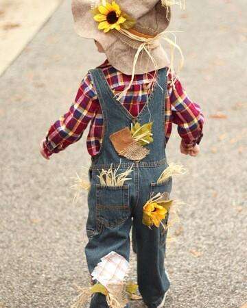 Homemade Kid Costumes- DIY Scarecrow