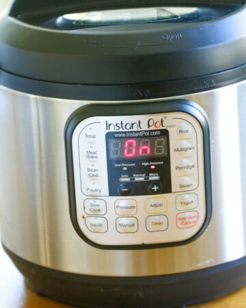 Learn how to use the Instant Pot with these Tips and Tricks. Maximize the way you use your Instant Pot with all these tips and tricks for beginners to advanced.   #InstantPot #Tips #Tricks #HowToUse