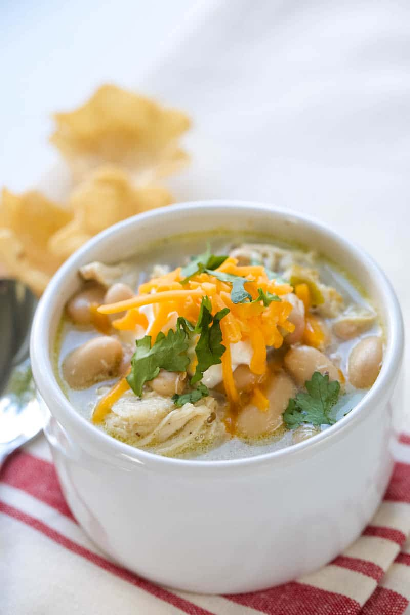 white chicken chili with beans