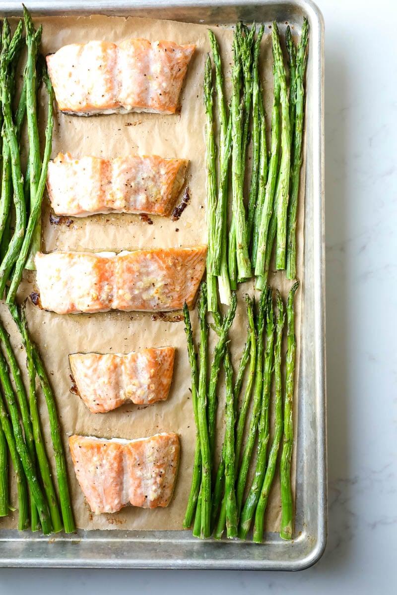 asapragus and salmon sheet pan dinner